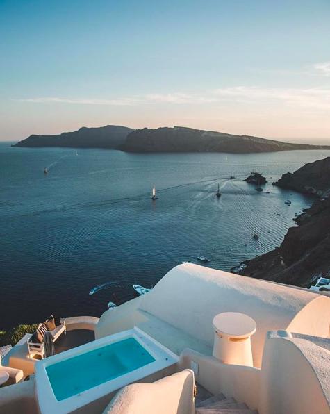 <p>Canaves Oia, Santorini. Source: Instagram @gabsek </p>