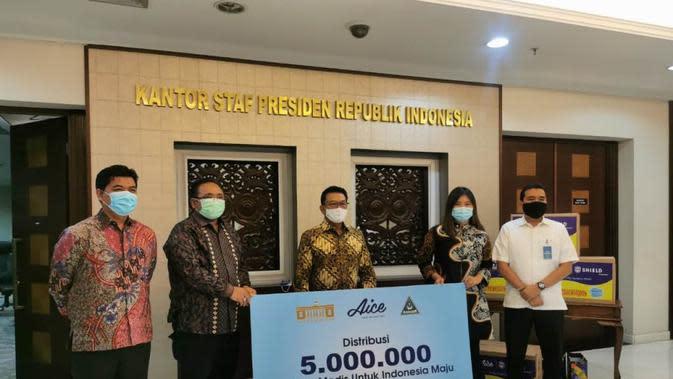 Aice Grup Memproduksi dan Bagikan 5 Juta Masker di 20 Kota. foto: dok. Fortuna