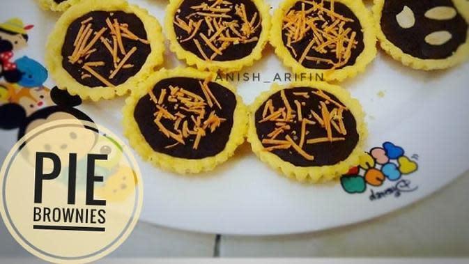 ilustrasi aneka resep pie coklat yang praktis, manis dan enak/Instagram: @dapur_azaleyya