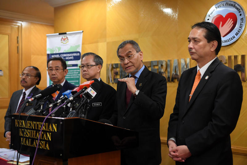 Health Minister Datuk Seri Dzulkefly Ahmad at a press conference on the latest situation regarding the Covid-19 outbreak at the Health Ministry in Putrajaya February 12, 2020. With him are Deputy Health Minister Dr Lee Boon Chye and Health D-G Datuk Dr Noor Hisham Abdullah. — Bernama pic