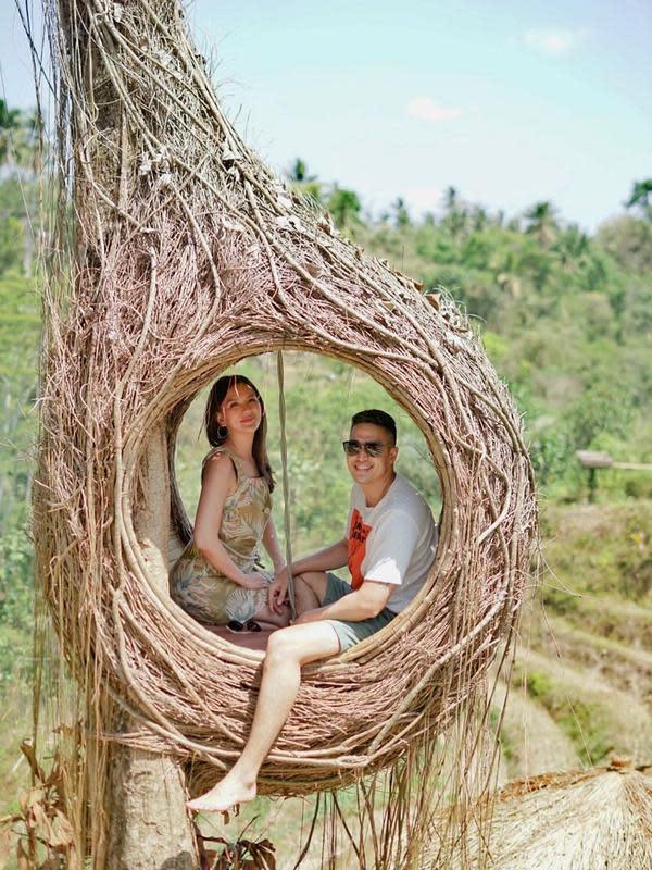 Marcel Chandrawinata dan istri (Sumber: Instagram/marcelchandra)