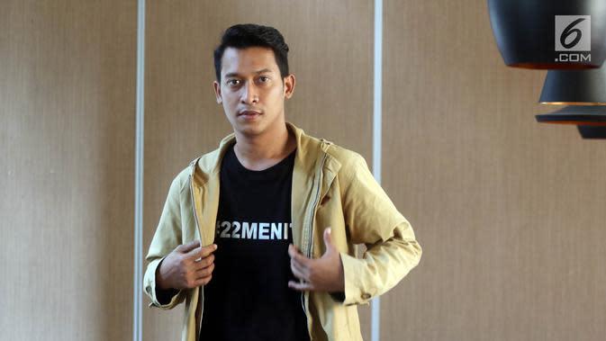 Aktor Ade Firman Hakim saat mengunjungi kantor Liputan6.com di Jakarta, Rabu (11/7). (Liputan6.com/Arya Manggala)