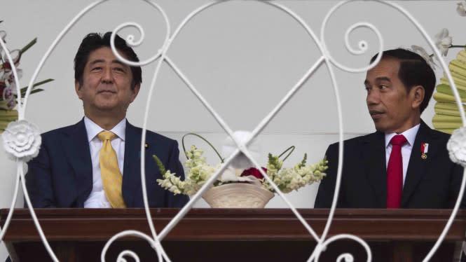Jokowi: Terima Kasih Shinzo Abe, Semoga Anda Sehat Selalu