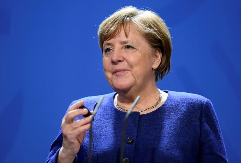 Merkel aims to get commitment to Libya arms embargo at Berlin conference