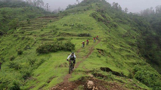 Viral Jalur Gowes Gadis Desa di Malang, Bisa Foto Bareng