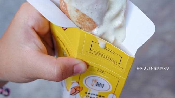 Kebab Durian Becek (dok. @kulinerku via Instagram @kebabdurianbecek/ https://www.instagram.com/p/CFbZCMjg7eH/?igshid=jlvojxvimw26)