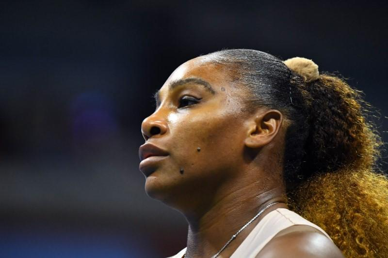 Serena finds it weird to stay in hotel instead of her Paris home