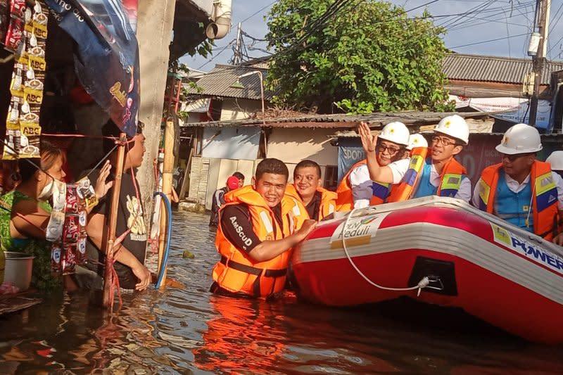 PLN telah nyalakan 1.219 gardu terdampak banjir