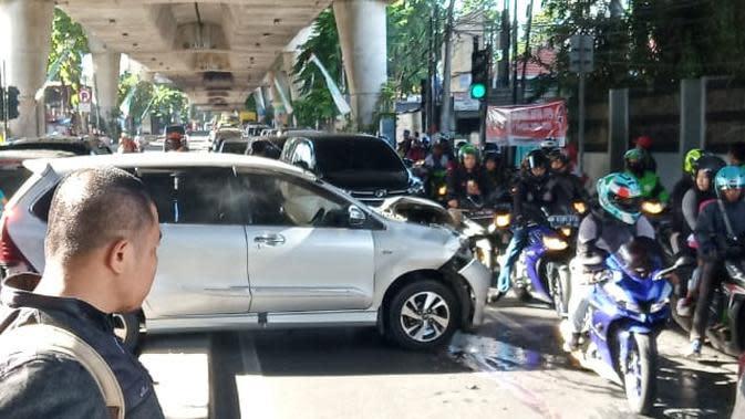 Pengemudi Sedan Altis Jadi Tersangka Tabrakan Beruntun di Jalan Antasari Jaksel