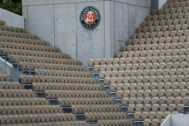 French Open to allow just 1,000 people a day at Roland Garros