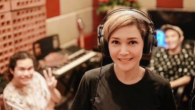 Lucu, Maia Estianty Perkenalkan Personel Baru Duo Ratu
