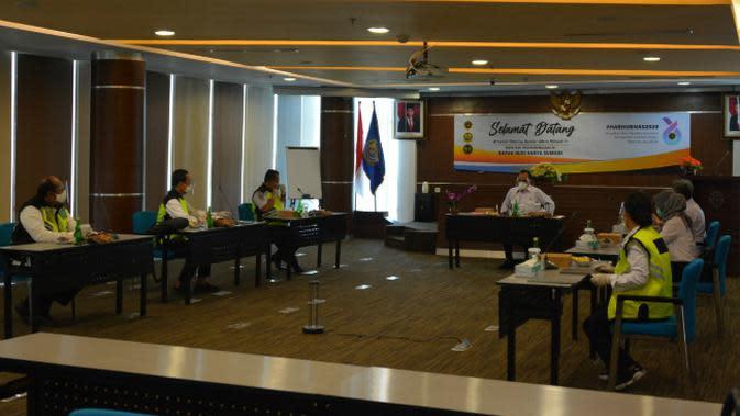 Rapat koordinasi yang dihadiri Menhub Budi Karya Sumadi, para pejabat Unit Pelaksana Teknis Kemenhub di Lingkungan Kemenhub dan sejumlah stakeholder bidang transportasi di Jawa Timur. (Foto: Dok Istimewa)
