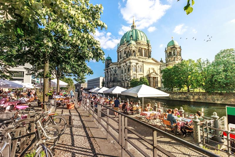 Berlin's restaurants are struggling to reopen despite being permitted to - getty