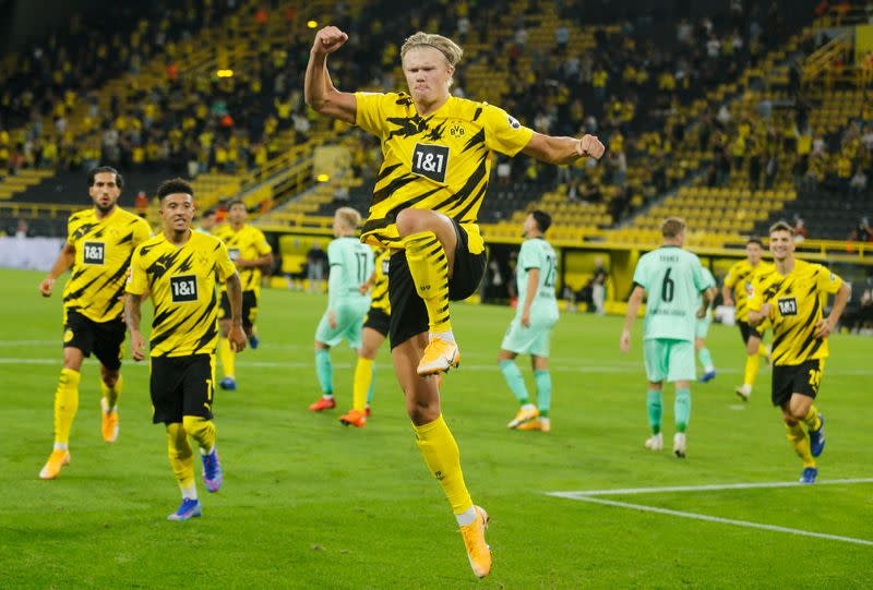 Dortmund young guns sparkle in opening win over Gladbach