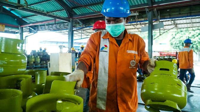 Pertamina MOR VI telah mempersiapkan langkah antisipatif dalam penyaluran elpiji 3 kilogram untuk memenuhi kebutuhan masyarakat selama bulan Ramadan 2020 di Kalimantan. (foto: Pertamina)