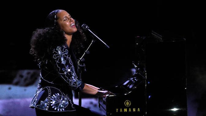 Lirik Lagu Love Looks Better – Alicia Keys