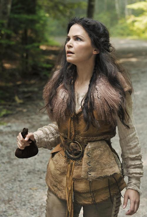 "In this image provided by ABC, Ginnifer Goodwin portrays fairy-tale heroine Snow White in a scene from the ABC series ""Once Upon a Time."" (AP photo/ABC, Chris Helcermanas-Benge)"