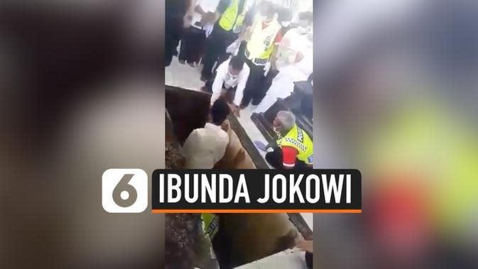 VIDEO: Momen Jokowi Turun ke Liang Lahat, Mengantar Kepulangan Ibunda
