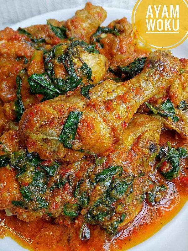 Ayam Woku Kemangi. (Sumber: Instagram/zona.makan)