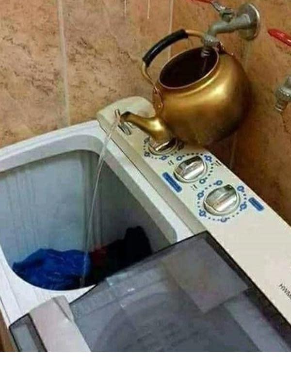 6 Potret Bentuk Keran Air Ini Nyeleneh, Bikin Geleng Kepala (sumber: Instagram.com/awreceh.id)