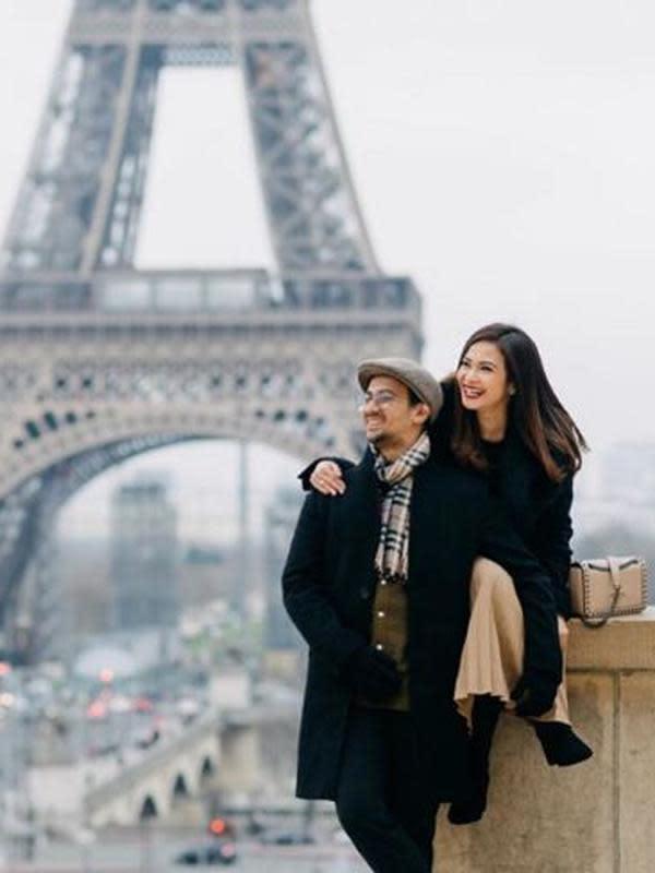 Ersa Mayori mesra dengan suami (Instagram/ersamayori)