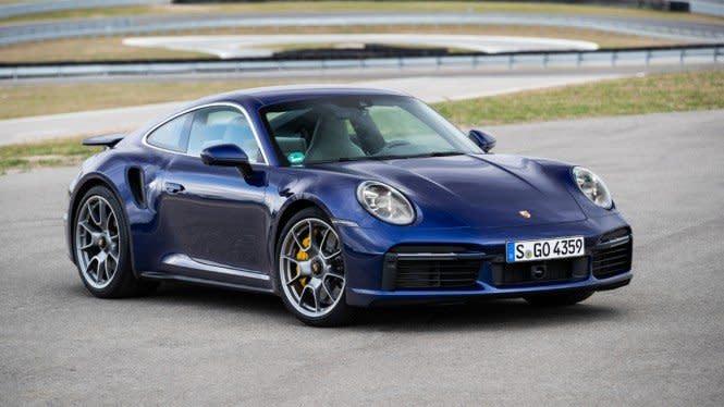 Pria Ini Kelabui Diler, dan Bawa Kabur Mobil Sport Porsche