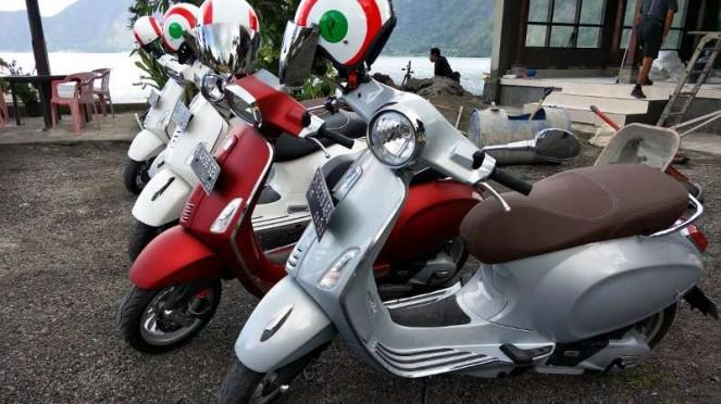 Acara touring Vespa-Piaggio