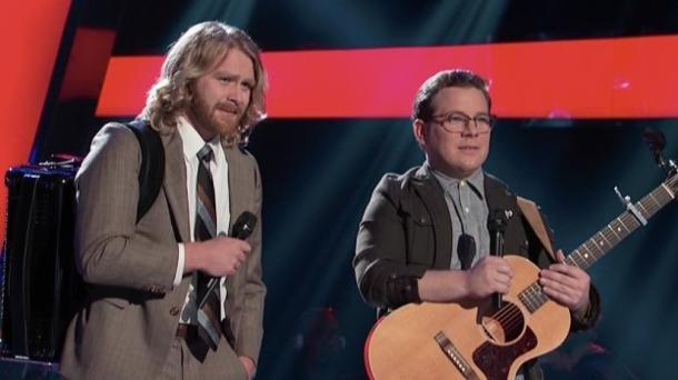 'The Voice' Season 4, Episode 2: The Pen Salesman Of 'Idol' Returns!