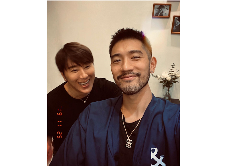 Hairstylist Kim Huang (left) shared on his social media that Taiwanese Canadian model actor Godfrey Gao had complained of being unwell a day before he was supposed to shoot competitive sports reality show 'Chase Me'. — Photo via Instagram/kimstarwor
