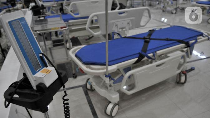Alat pendukung perawatan pasien virus corona COVID-19 terlihat di Rumah Sakit Darurat Penanganan COVID-19 di Wisma Atlet Kemayoran, Jakarta, Minggu (22/3/2020). RS Darurat Penanganan COVID-19 siap dioperasikan besok. (merdeka.com/Iqbal S. Nugroho)