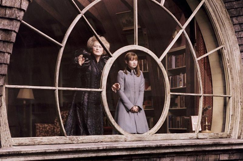 Meryl Streep and Emily Browning in A Series of Unfortunate Events