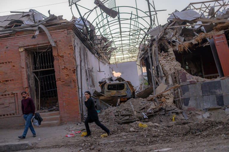 Fresh explosions in Karabakh capital despite ceasefire