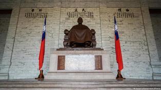 中正紀念堂蔣介石銅像將被移除 江啟臣批做法如同「塔利班」