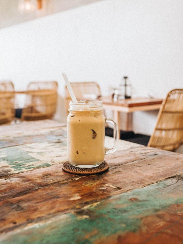 Ilustrasi Milkshake (Photo by Sonnie Hiles on Unsplash)