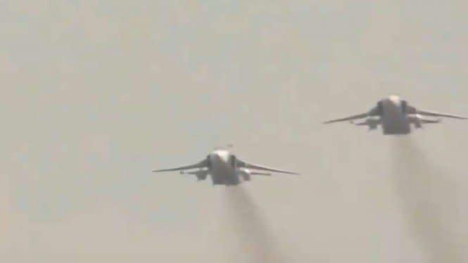 Angkatan Udara Rusia Usir 2 Pesawat Tempur Amerika di Laut Hitam
