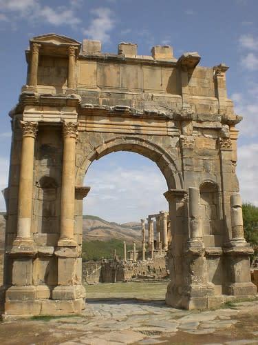 مدينة جميلة الاثرية....اثار رومانية غاية في الروعة. 1604544170_683a18b5b