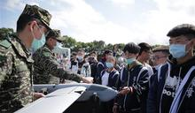 國防培育班參訪陸戰隊 體驗軍旅
