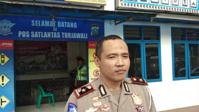 korban diketahui bernama Hendra Halim (35) warga Komplek Citra Garden Medan. Saat kejadian, korban berencana menuju tempat hiburan malam miliknya di Jalan Imam Bonjol.