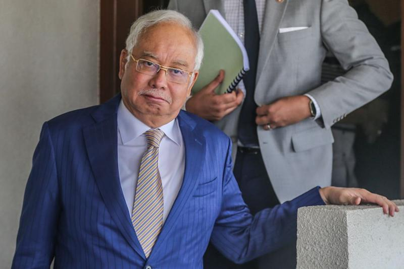 Datuk Seri Najib Razak is pictured at the Kuala Lumpur High Court January 14, 2020. — Picture by Firdaus Latif
