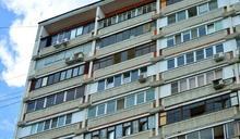 6歲童午覺醒來找不到媽!爬15樓窗墜落慘死 鄰居全嚇壞