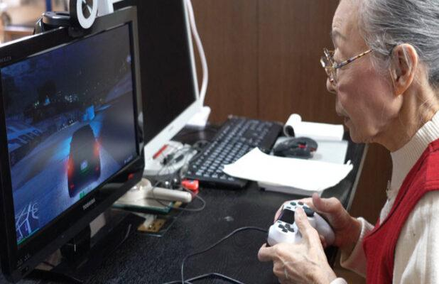 Meet the 90-Year-Old 'Gaming Grandma' Who Set a Guinness World Record