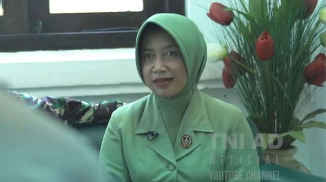 VIVA Militer: Ibu Beti Iwan Setiawan