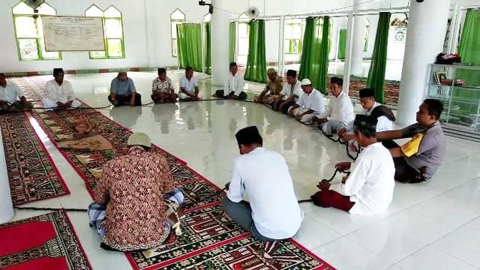 Tasbih Raksasa, Saksi Peradaban Islam di Bumi Mandar 5 Generasi