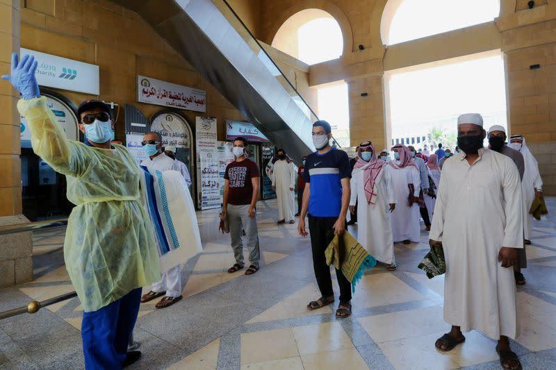 Kasus virus corona Arab Saudi lewati 100.000