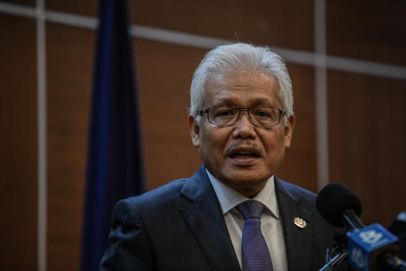 Home Minister Datuk Seri Hamzah Zainudin said that Bersatu was prepared to face an election. — Picture by Firdaus Latif