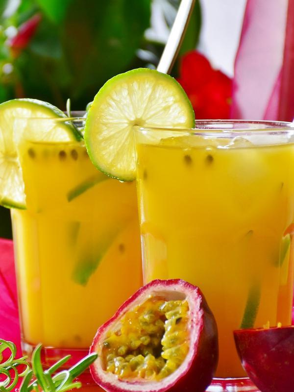 Ilustrasi minuman segar (Photo by RitaE on Pixabay)