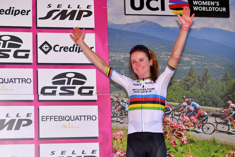 TIVOLI ITALY SEPTEMBER 14 Podium Annemiek Van Vleuten of The Netherlands and Team Mitchelton Scott World Champion Jersey Celebration during the 31st Giro dItalia Internazionale Femminile 2020 Stage 4 a 1703km stage from Assisi to Tivoli 237m GiroRosaIccrea GiroRosa on September 14 2020 in Tivoli Italy Photo by Luc ClaessenGetty Images
