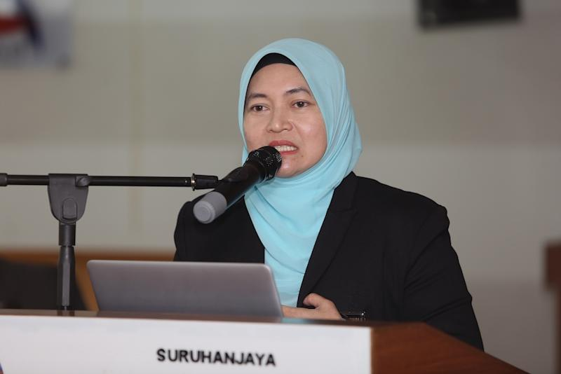 Suhakam commissioner Prof Nik Salida Suhaila Nik Saleh says increased cooperation between the commission and state Islamic religious departments over the past year has led to a wider understanding of human rights. — Picture by Choo Choy May