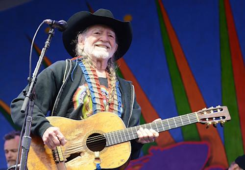 Willie Nelson to Perform 'Stardust' LP in Its Entirety for First Time