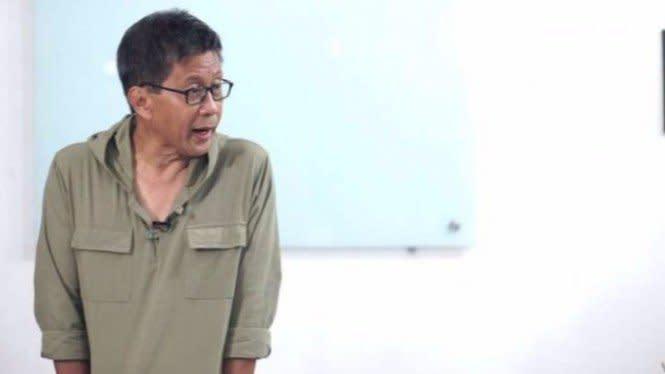 Rocky Gerung Kritisi UU ITE dalam Kasus Penangkapan Anggota KAMI